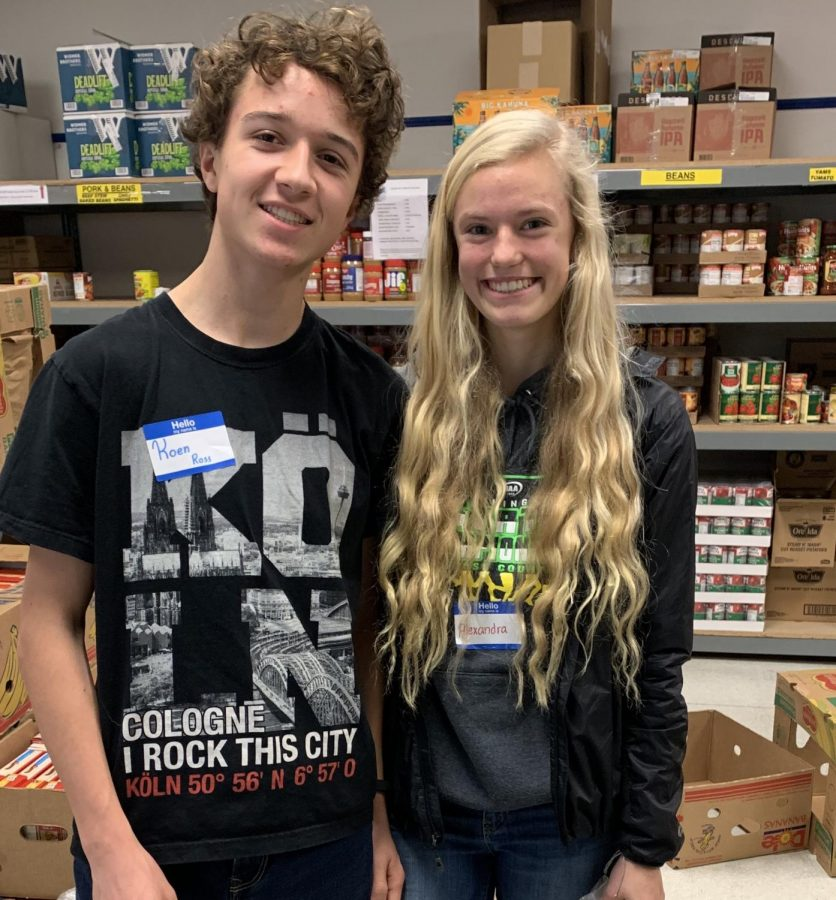 Sophomores embark on Sophomore Day of Service